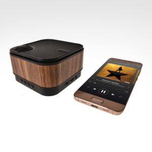 ELC05862 Wood Finish Bluetooth Speaker